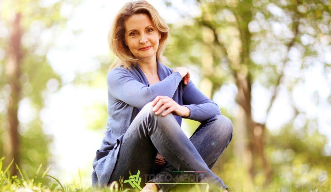 Caduta dei capelli in menopausa: cause e rimedi