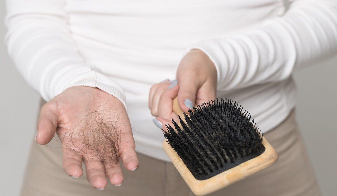 Diradamento capelli nella donna Tricomedit