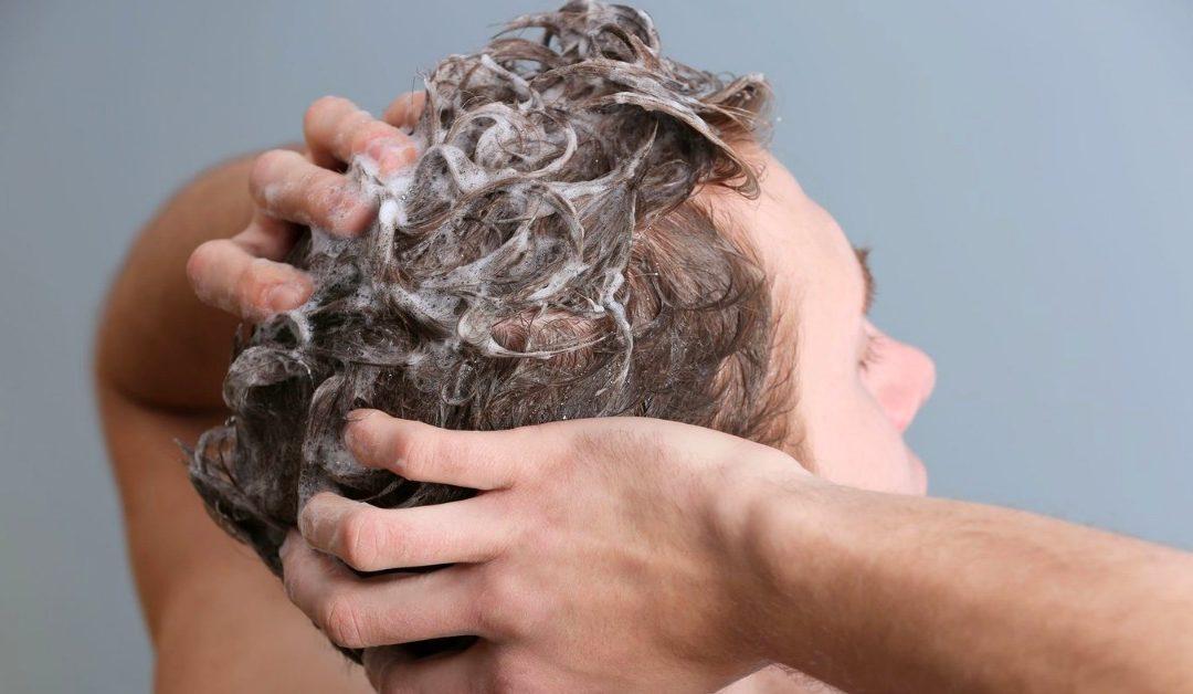 Come scegliere uno Shampoo Anticaduta Capelli